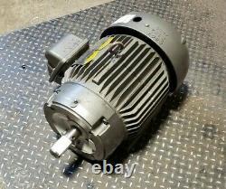 Baldor 5 HP Electric Motor 230/460 Vac 215tc Frame 3 Phase 1160 RPM V400892. B01