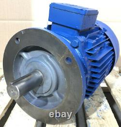 Brook 7.5kW (10HP) AC Electric Motor 2800RPM 2-Pole 3-Phase D132S Frame 38MM