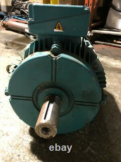 Crompton Greaves 7.5KW 4 Pole Electric Motor 1450RPM Foot 3 Phase 132M Frame IE2