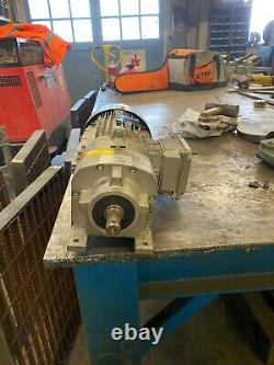 Electric motor reduction gearbox