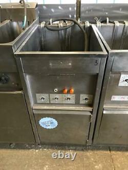 Valentine Single Tank Twin Basket Free Standing Electric Fryer Three Phase